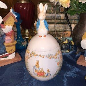 Beatrix Potter 1996 Teleflora jar